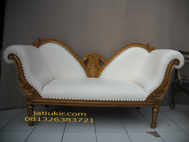 Bangku Sofa Modern
