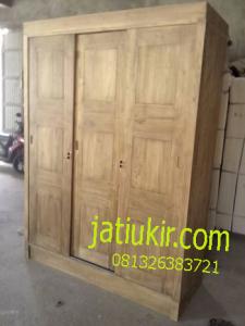 Almari Pakaian Slaiding 3 Pintu Pintu