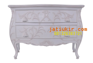 dr32wh3-bombey-chest-antique-white-front-1_1024x1024