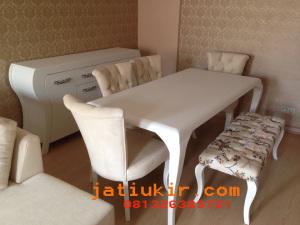 Kursi makan sofa minimalis modern
